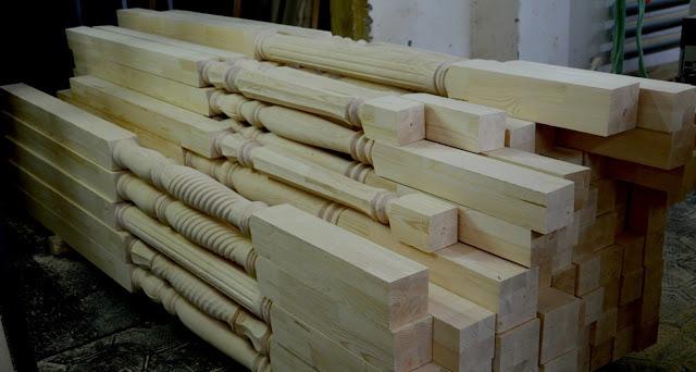 Колонны деревянные