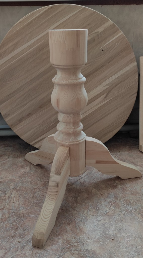 Подстолье деревянное